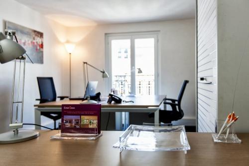 bureau change paris opera 12 beau photos de bureau de. Black Bedroom Furniture Sets. Home Design Ideas