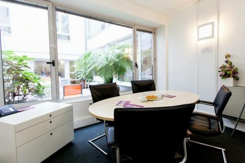 bureaux equip s louer paris op ra. Black Bedroom Furniture Sets. Home Design Ideas